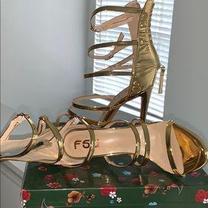 VERY SEXY Gold Heels